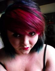 red and black hair eat