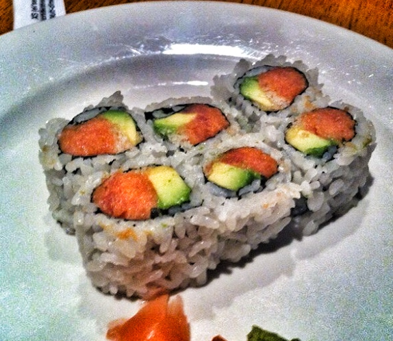 Spicy Tuna with Avocado Roll