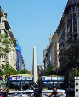 Vista do Obelisco desde a Plaza de Mayo - Buenos Aires