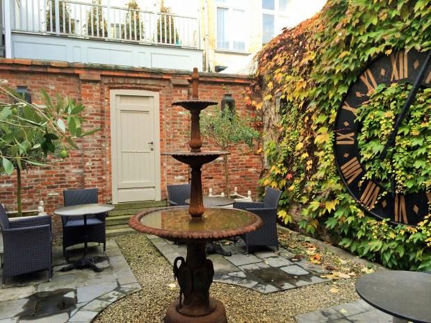 Lindo jardim do hotel.
