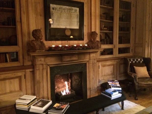 Onde ficar em Bruges? The Pand hotel tem áreas de relaxamento