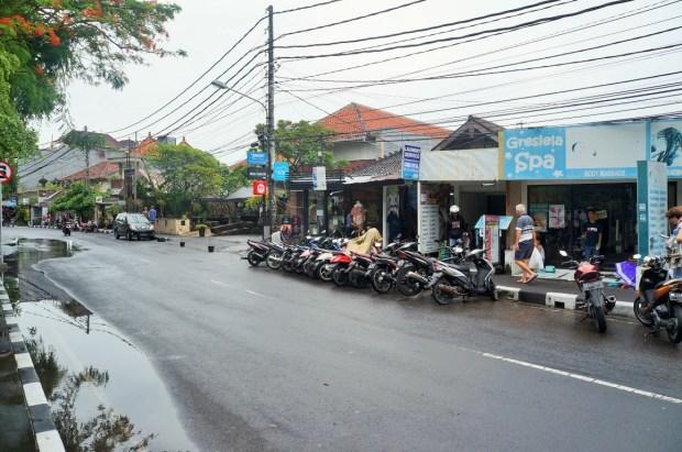 Como se locomover em Bali - aluguel de motos