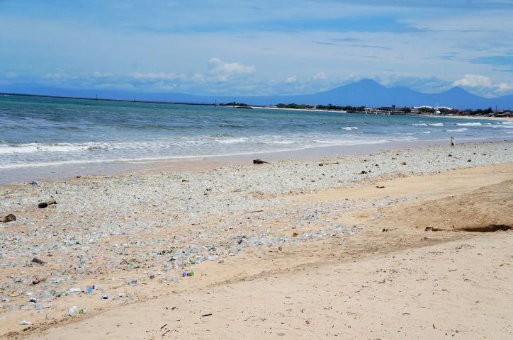 Antes de visitar Bali - lixo por todos os lados