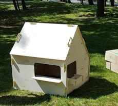 lil house paintable play house