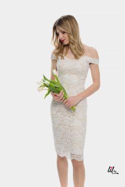 Нежна дантелена рокля