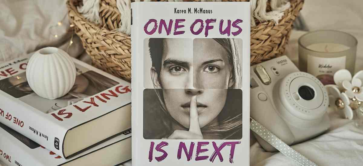 REZENSION: One of us is next von Karen M. McManus