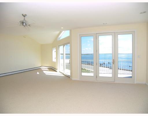 101 Ocean Road  303, Narragansett