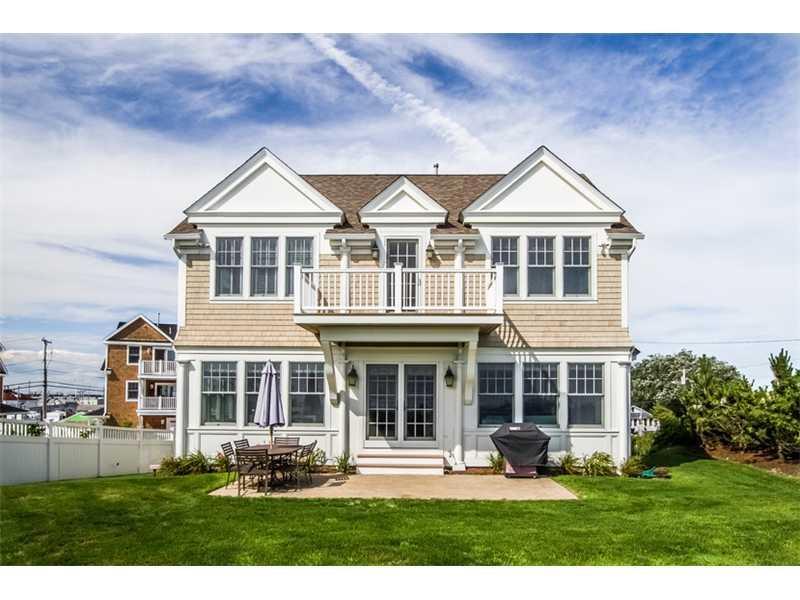 228 Sand Hill Cove Road, Narragansett
