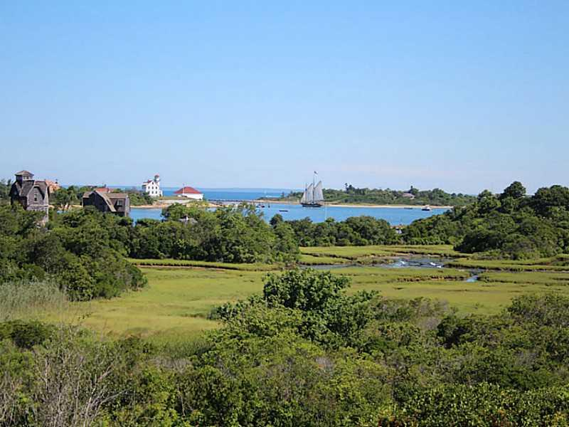 1047 Coast Guard Road, Block Island