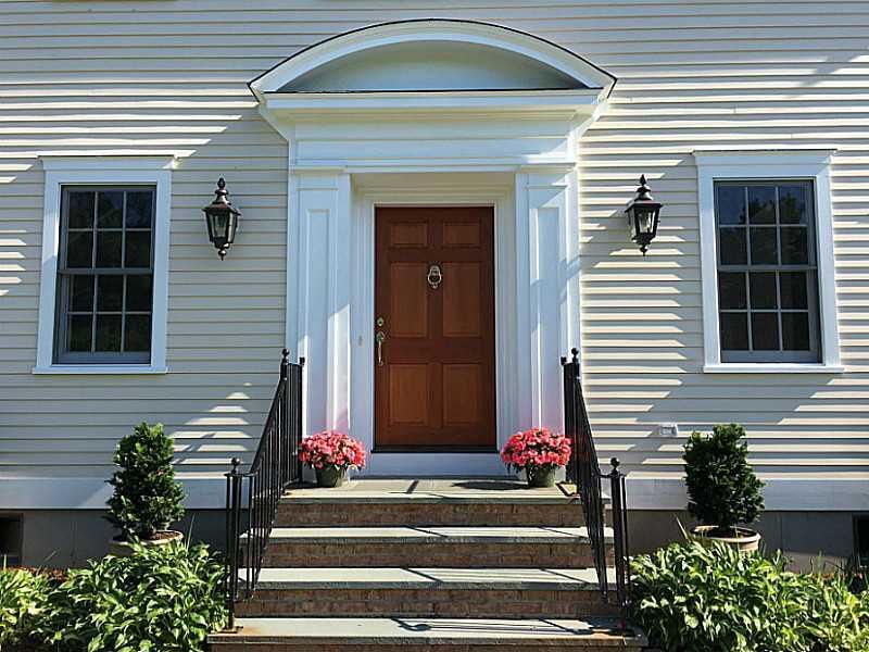 303 Harrison Avenue, Newport