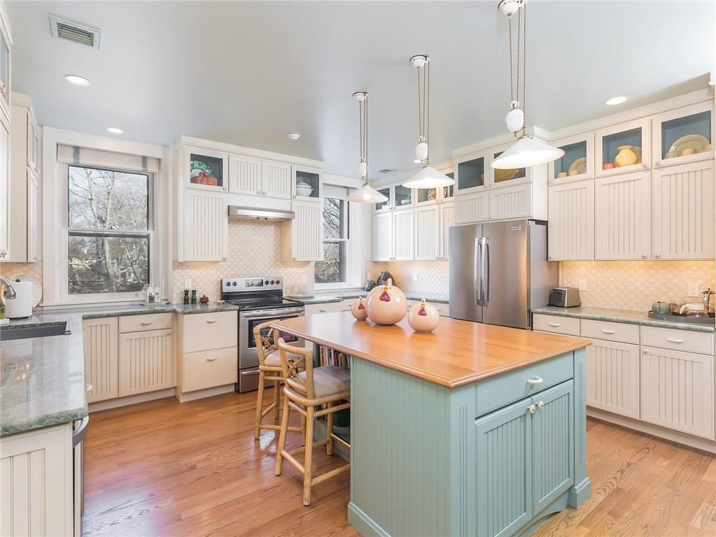 719 Bellevue Avenue, Unit#2, Newport