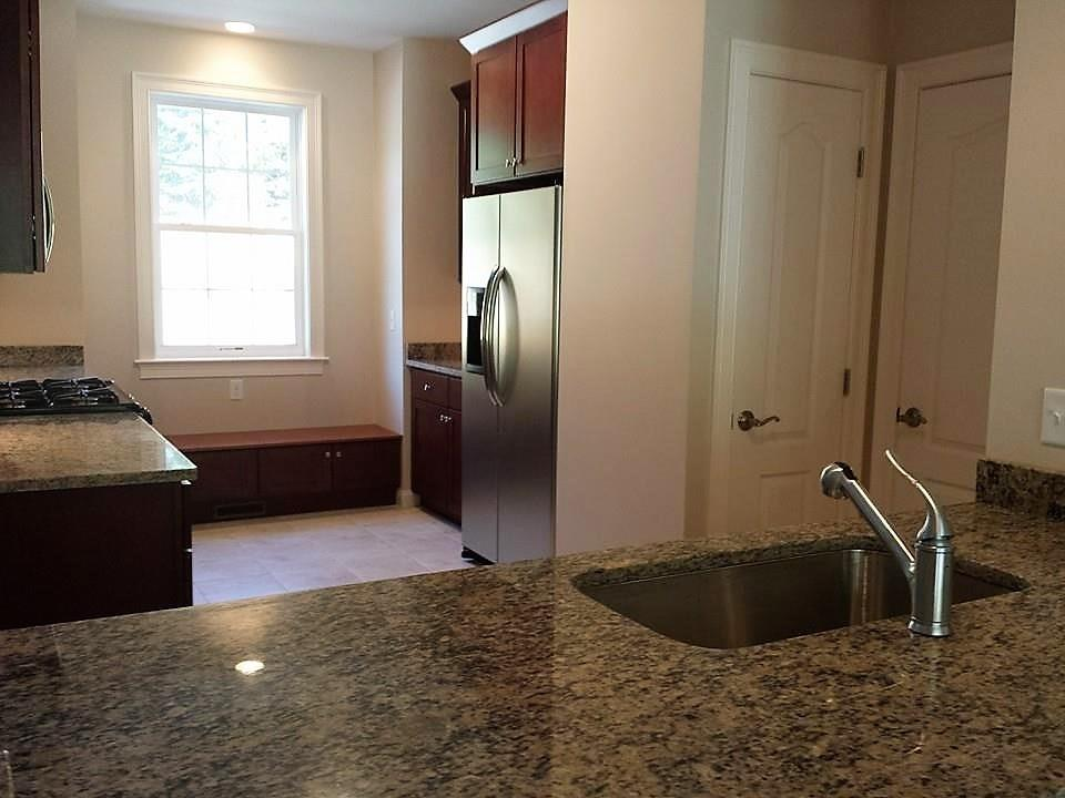 315 Old River Road, Unit#27, Lincoln