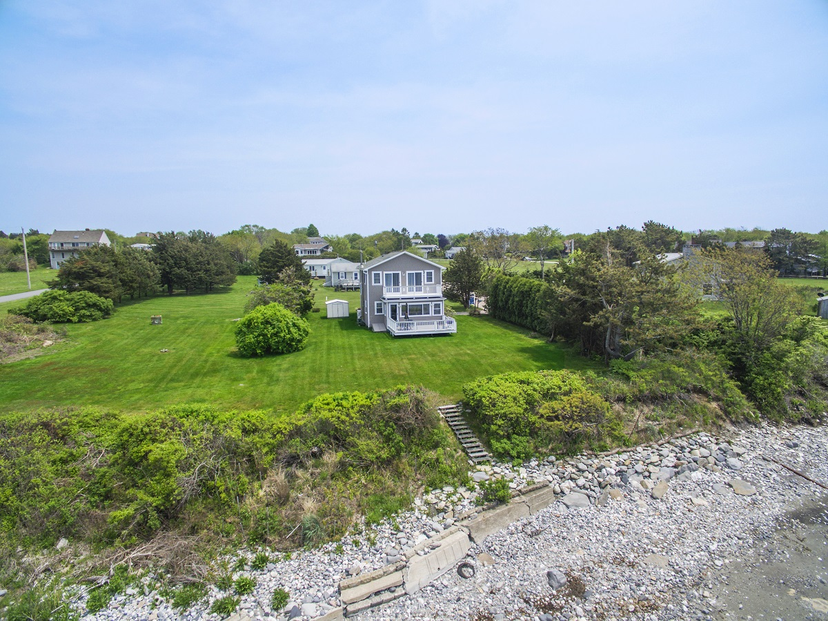 BEAVERTAIL WATERFRONT COTTAGE SELLS FOR OVER A MILLION