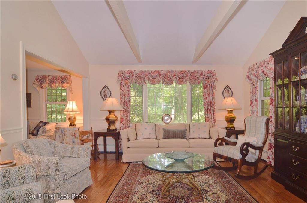 45 Hunting House Lane, Scituate