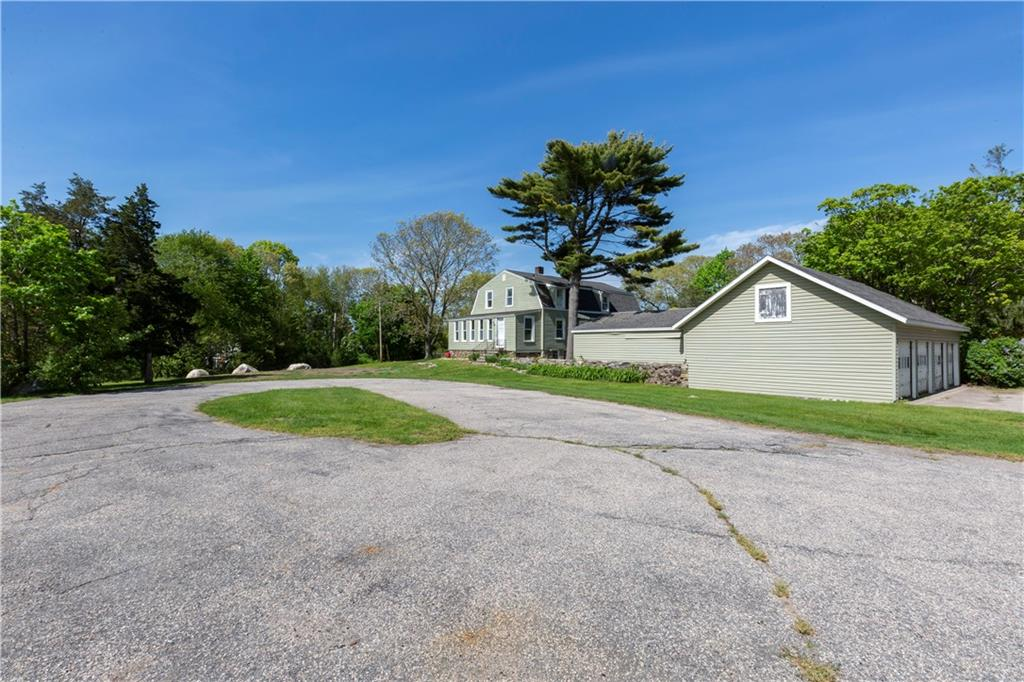 75 Watch Hill Road, Westerly