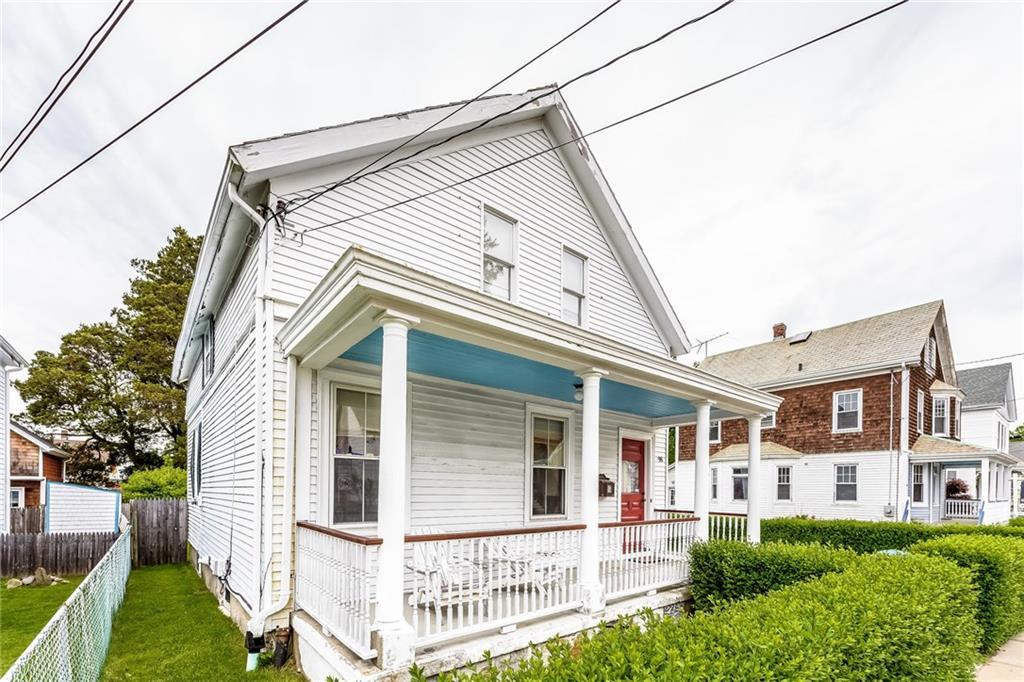 98 Van Zandt Avenue, Newport