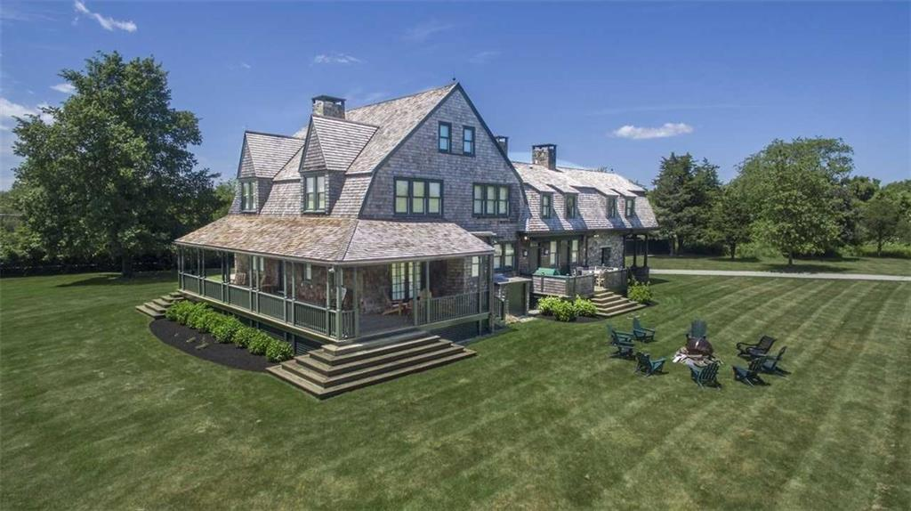601 Beavertail Road, Jamestown