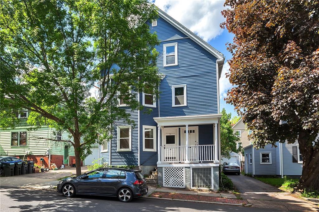 10 - 12 East George Street, East Side of Providence