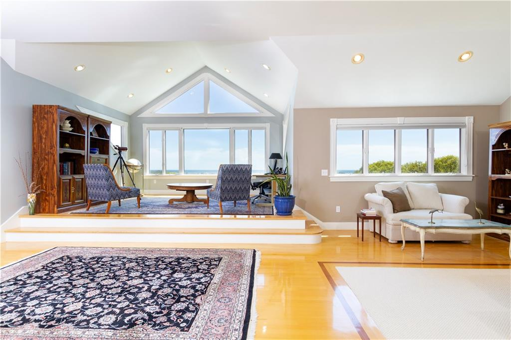 230 Shore Road, Westerly