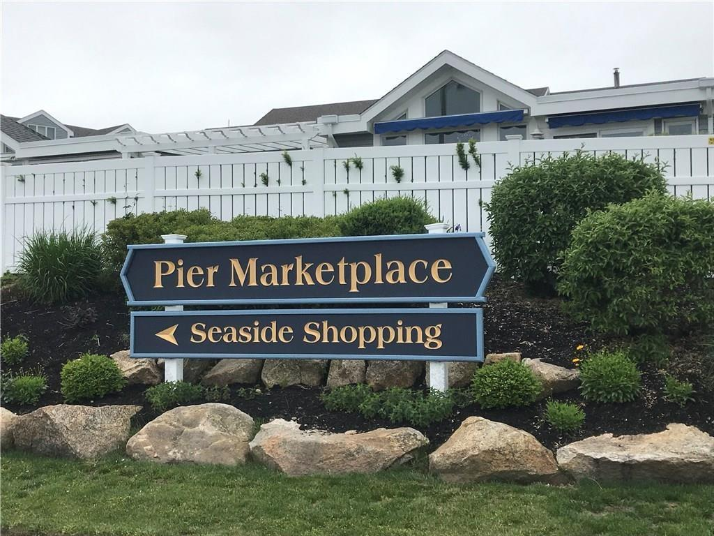 32 Pier Market Place, Narragansett