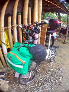 Bike camping and touring with my Flamingo London NX7 folding bike.