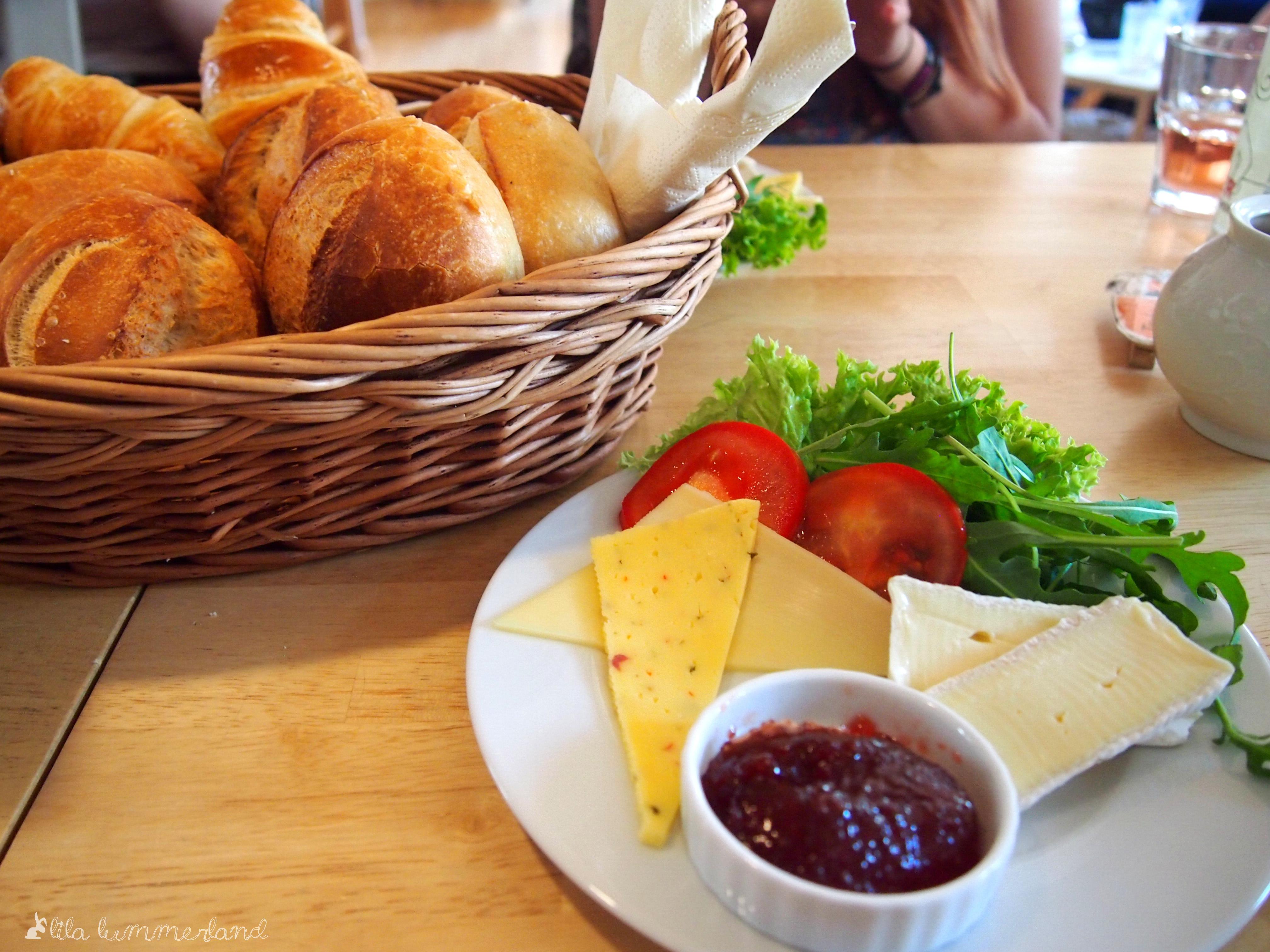 Mayras Wohnzimmer Cafe Bonn Beuel Buntes Wohnzimmer