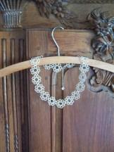 Modèle collier frivolité simple