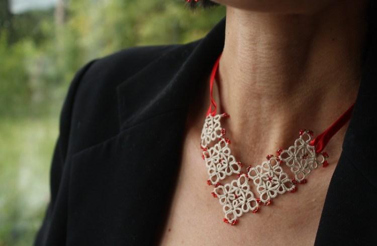 un petit collier facile à porter