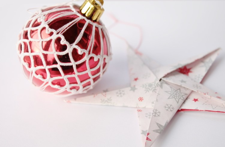 Christmas ball pattern