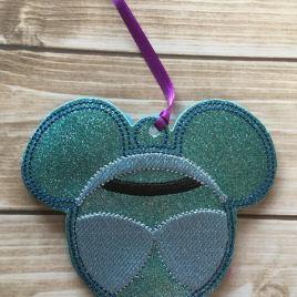 ITH Glass Slipper Princess Ornament – 4×4- Embroidery Design – DIGITAL Embroidery DESIGN