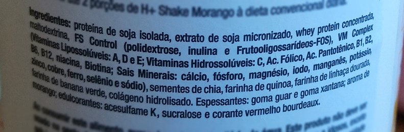 Ingredientes do shake Hinode sabor morango.