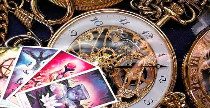 El Tiempo en el Tarot con los Arcanos Mayores
