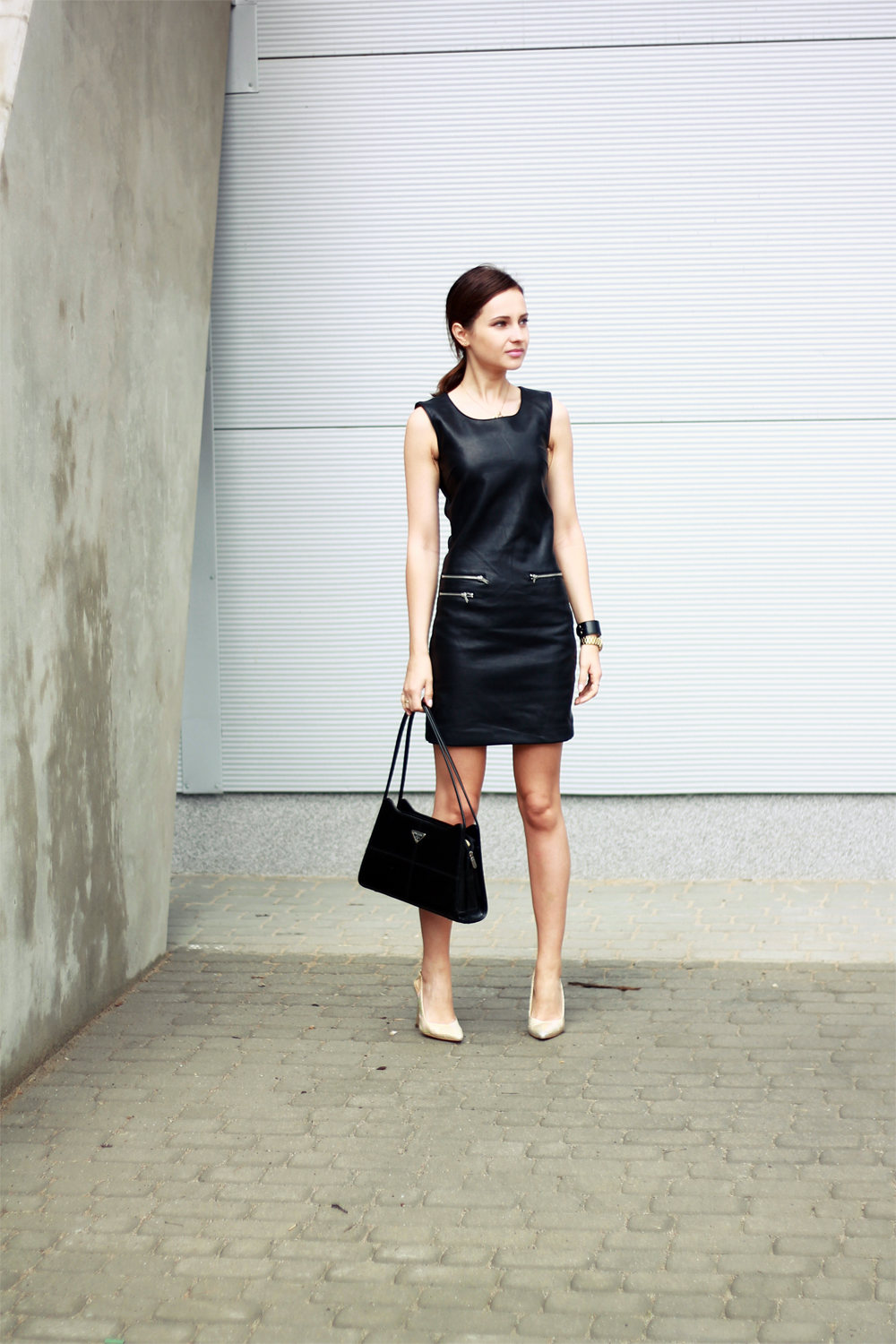 fashion blog street style chic vogue tumblr girl black dress lilicons 5