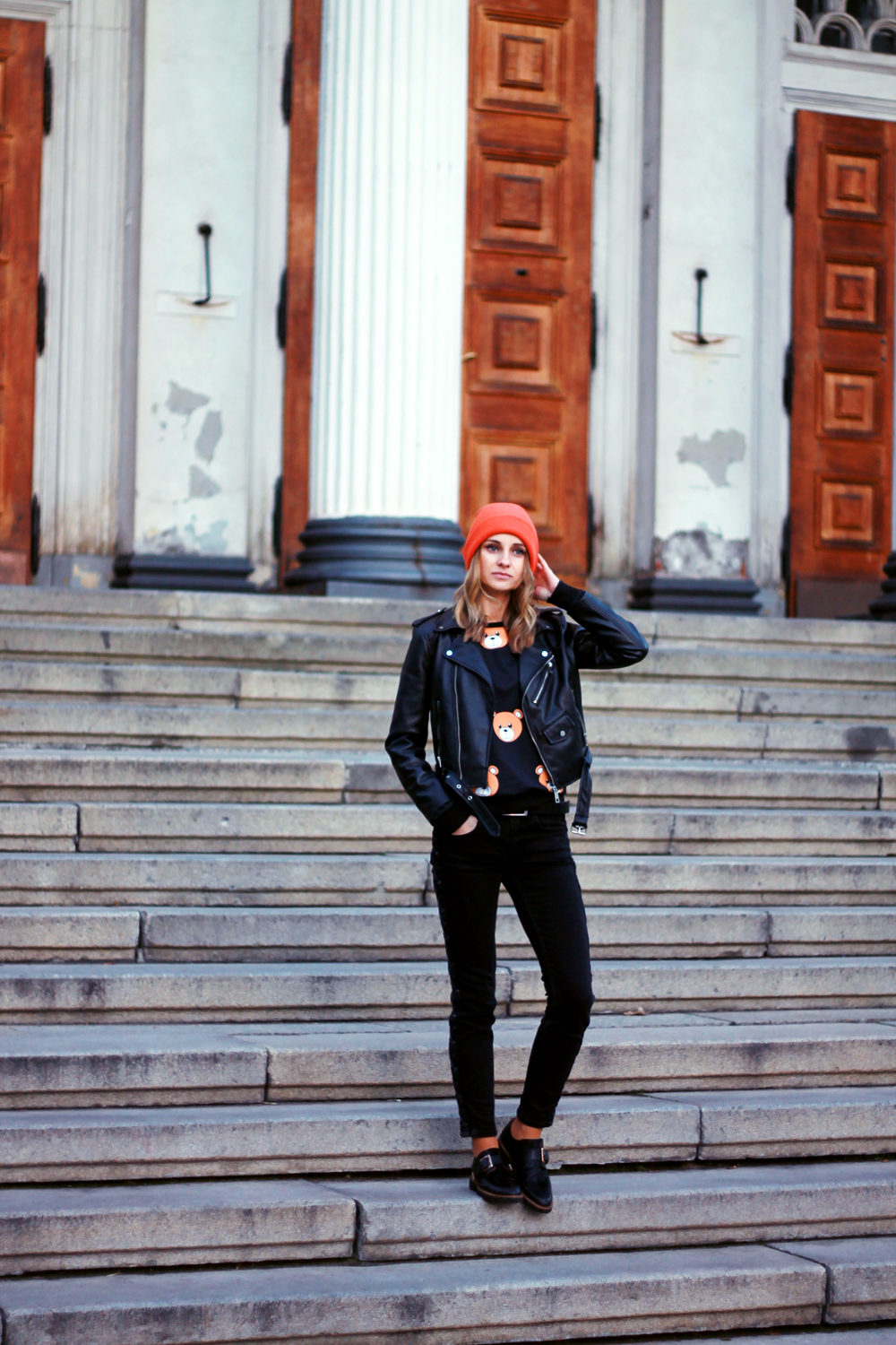 fashion love street style grunge bear sweatshirt zara tumblr girl vogue