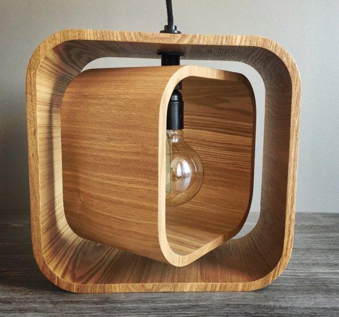 giro-lampe-bois-luminaire-suspension-Loupiote-design