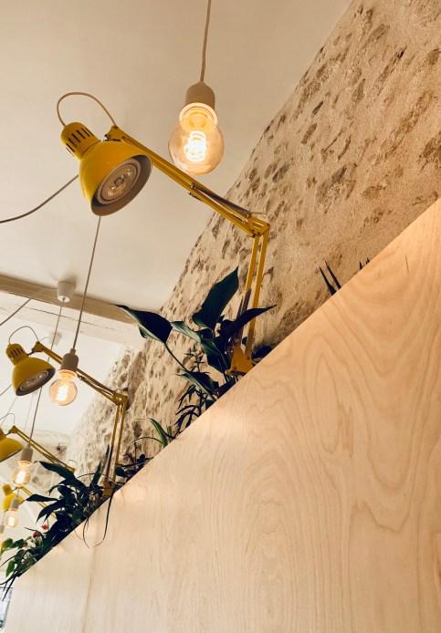 bois-jaune-luminaire-pierre-ampoule-plante-orleans-solo-palma-lilideambule