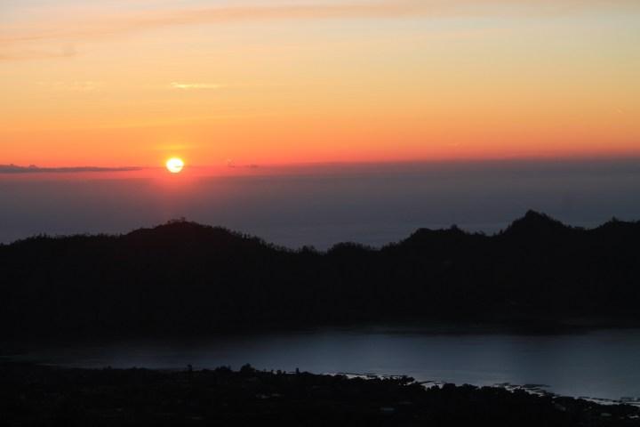 Lever du soleil sur Bali