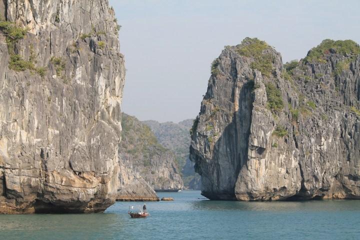 Vietnam – Tam Coc & Cat Ba, trésors entre terre et mer
