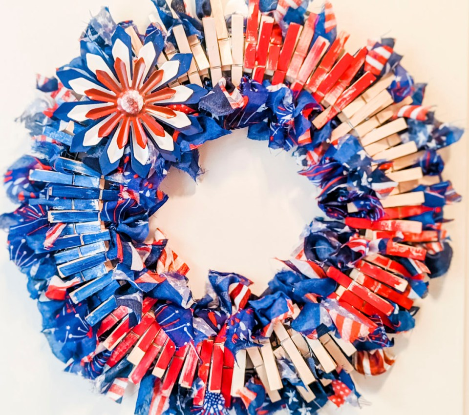 4th of July Finished Wreath
