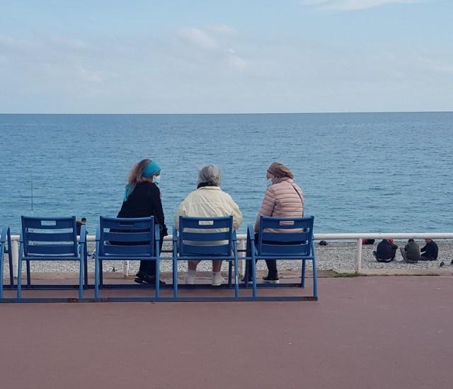 Nice - les chaises bleues
