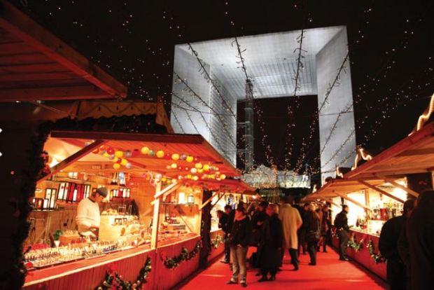 Mercatino di Natale Parigi La Defence