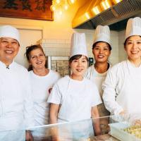 Imparare a fare i ravioli cinesi: i corsi della Ravioleria Sarpi