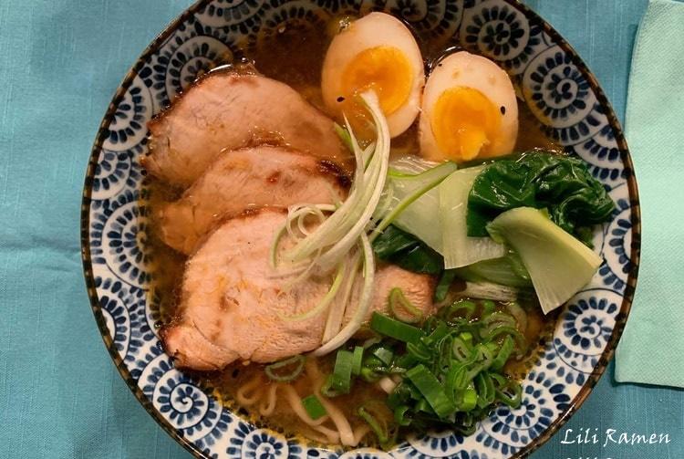 Ramen: la ricetta originale (rivista da noi) per fare a casa il piatto giapponese