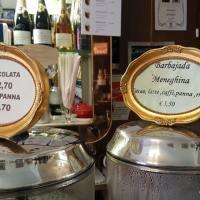 Storia della Barbajada, la bevanda di Milano con cioccolato e caffè