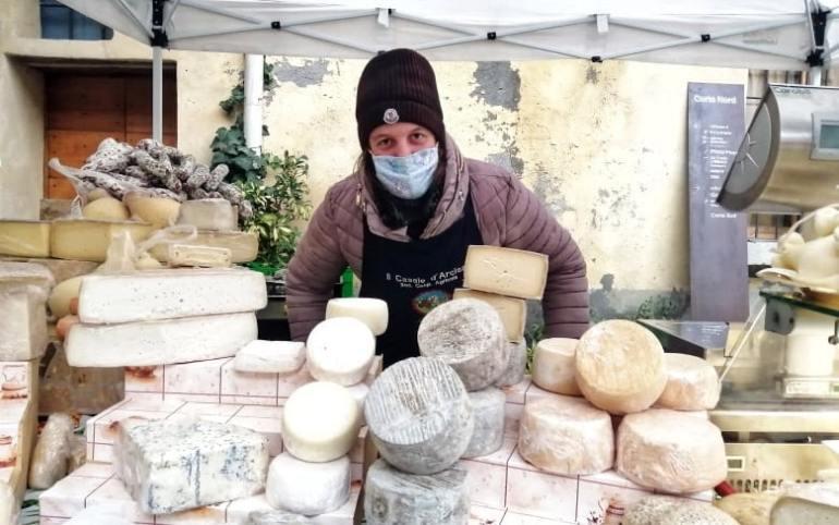 mercato agricolo cascina cuccagna milano