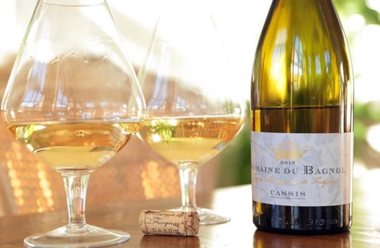 Cassis vino bianco