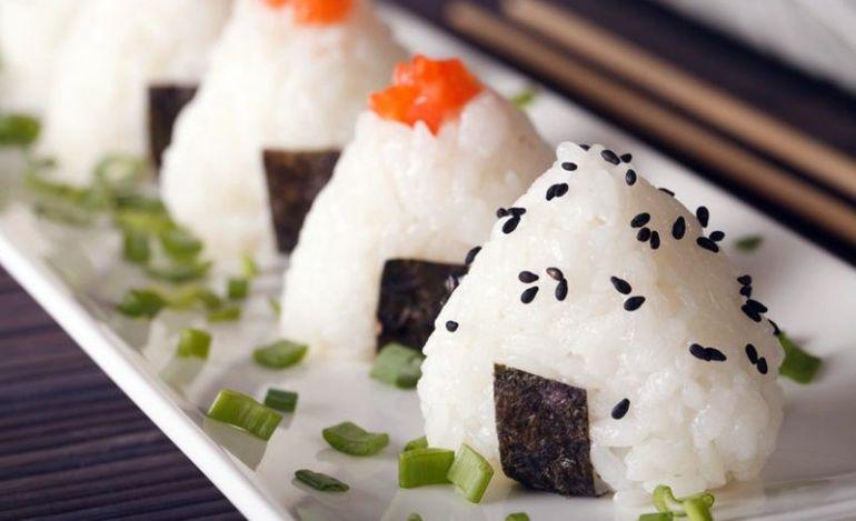 onigiri-polpetta-di-riso-giapponese