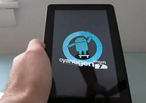 CyanogenMod 7 on the Kindle FIre