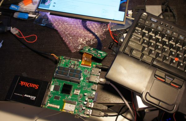 Novena open laptop