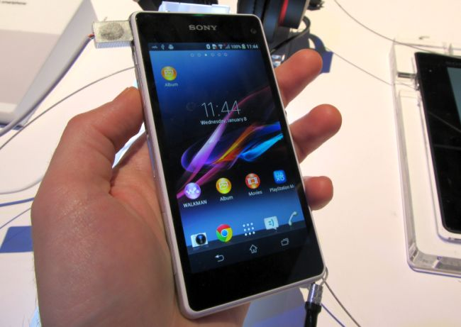 Sony launches Xperia Z1s and Xperia Z1 compact smartphonesXperia C Black In Hand